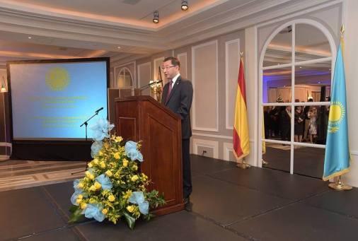 El Excmo. Sr. Bakyt Dyussenbayev, Embajador de la República de Kazajistán en España, en su discurso de bienvenida
