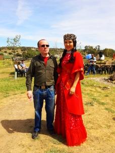 Fernando Moragón, presidente de OHRE junto a una de las participantes en la inauguración.