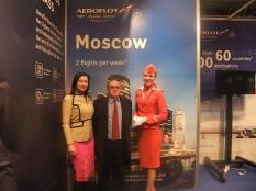 FITUR, 18 de enero de 2017. Fernando Moragón, directora de marketing de OHRE, Anzhelika Klimovich en el stand de Aeroflot.