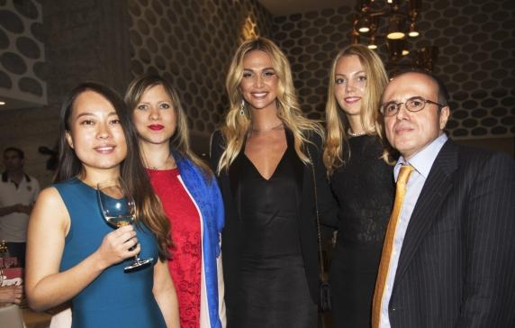 Victoria Lopyreva, Embajadora del Mundial Rusia 2018, invitada de honor de OHRE en los III Premios de Cátedra China